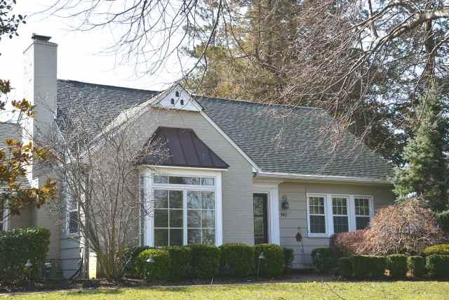 This River Rd home in Fair Haven sold for above its asking price.