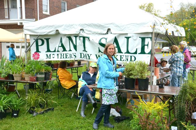 Trish Sullivan and Cassy Abel at Saturday's Garden Club of Fair Haven Mothers Day Plant Sale