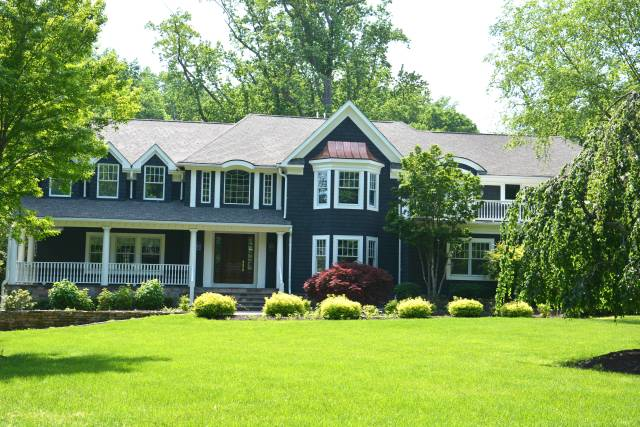 This 5 bedroom, 4 bath home on 1.76 acres at 2 Post Road sold in May for $2,885,000.